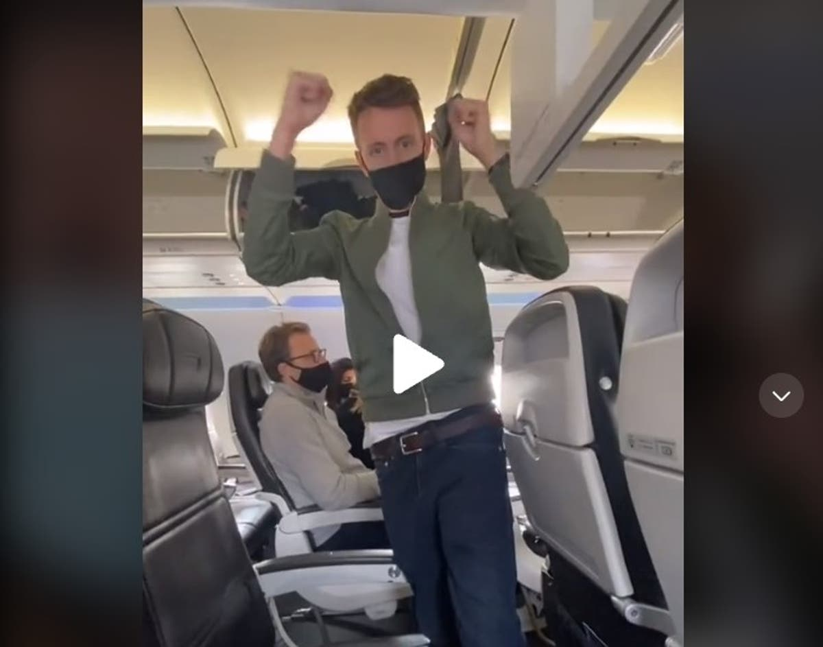 Get a whole row to yourself on the plane with this handy trick