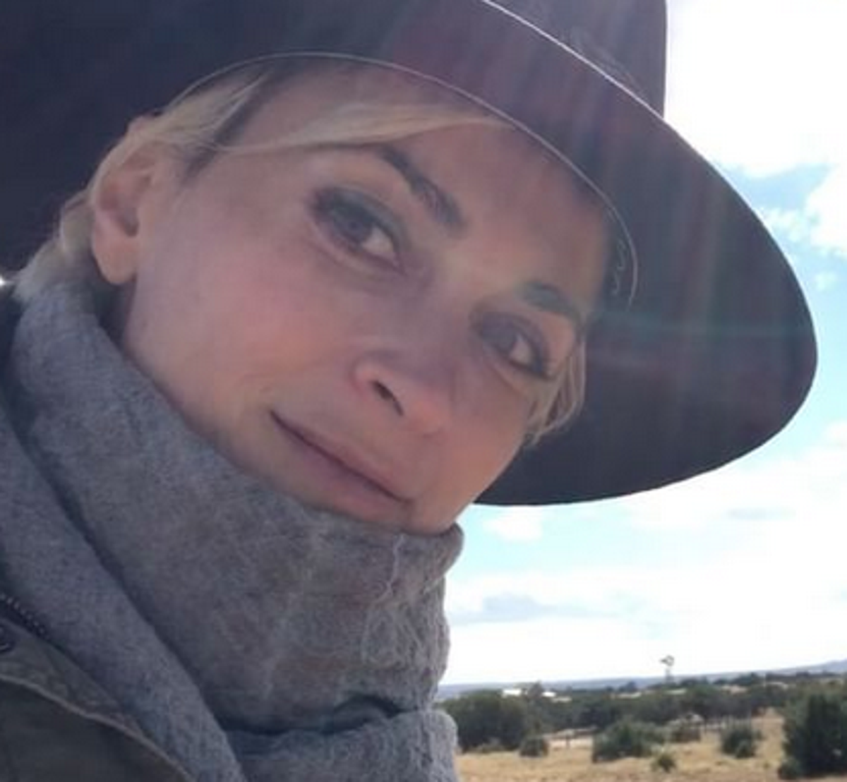 Halyna Hutchins: Cinematographer planned to strike over dangerous working conditions
