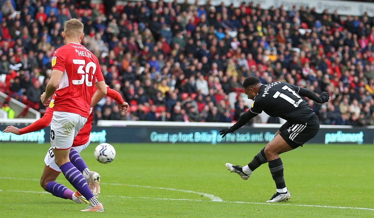 Lys Mousset double paves way for Blades win despite late Barnsley fightback