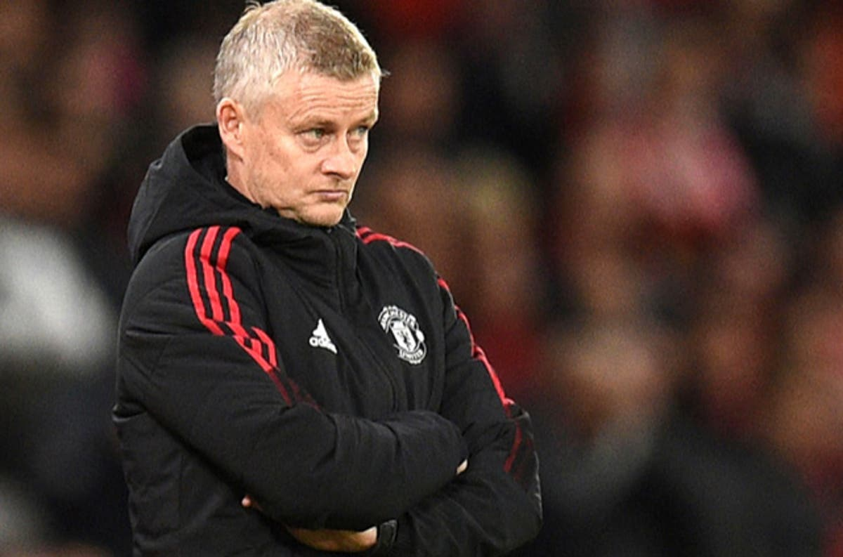 Gary Neville: Solskjaer and Man United coaches 'have to take blame'
