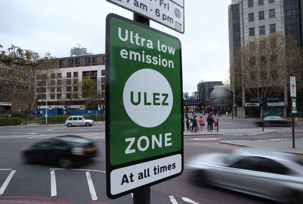 London's pollution charge zone for older vehicle becomes 18 times larger