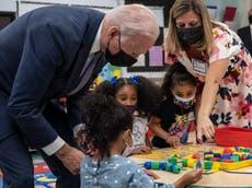 「彼にはやるべき仕事があります」: 率直な子供がバイデンの学校訪問でショーを盗む