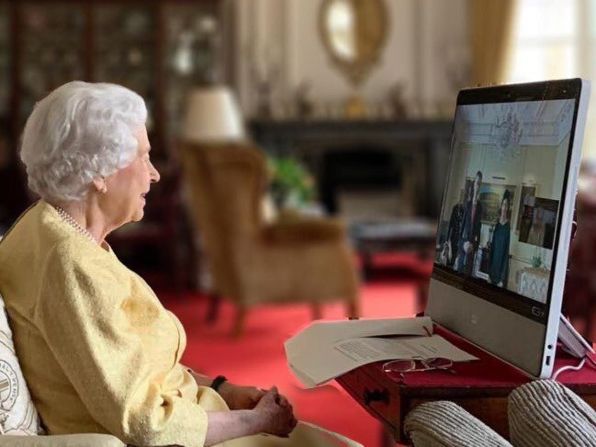 Queen resumes virtual royal duties following hospital stay