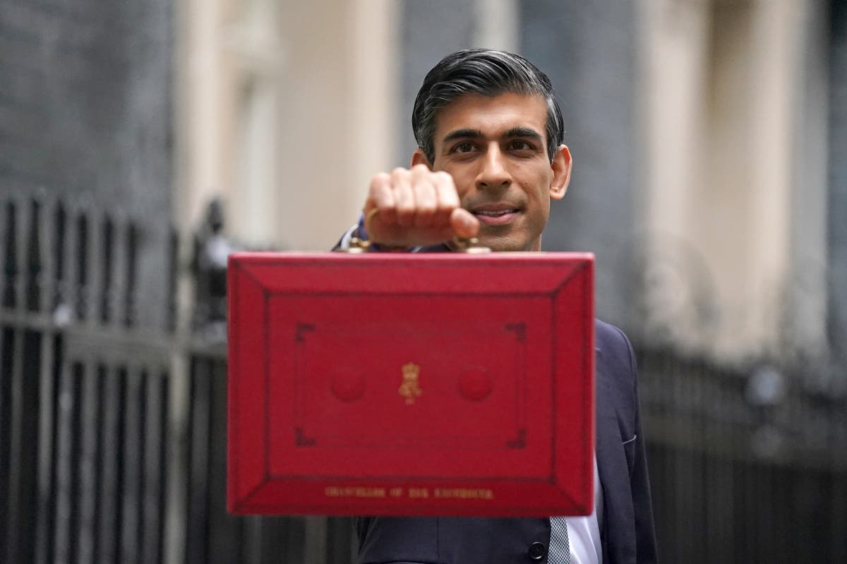 Sunak promises 'stronger economy for the British people' in his Budget
