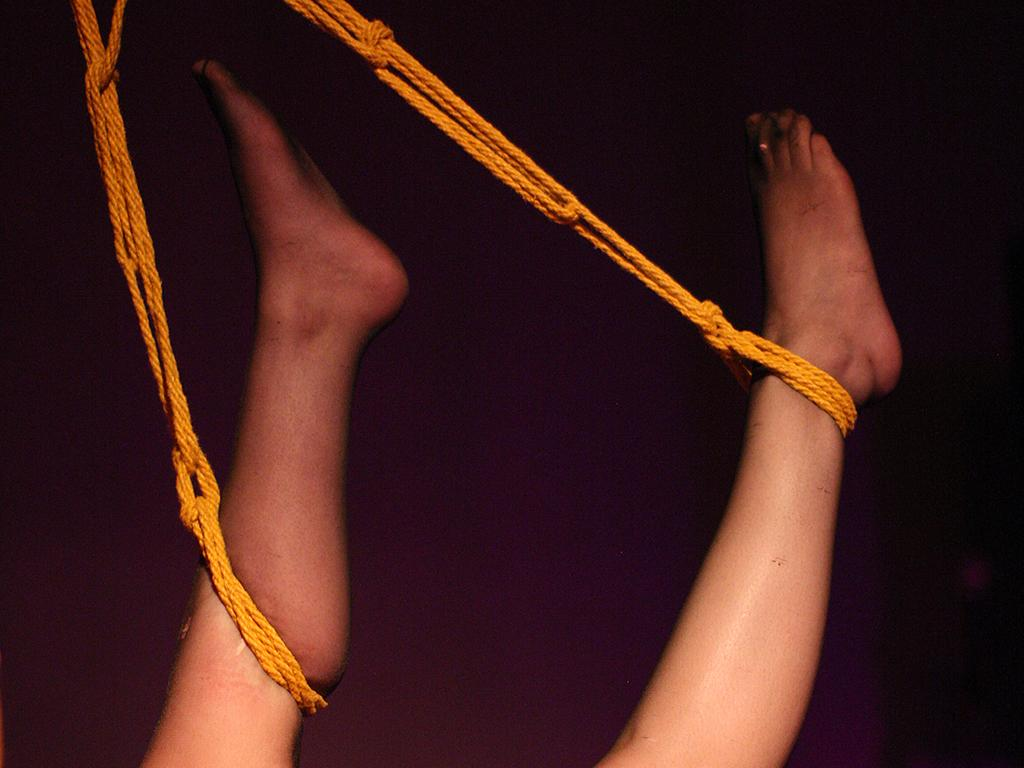 bondage rope porn pussy