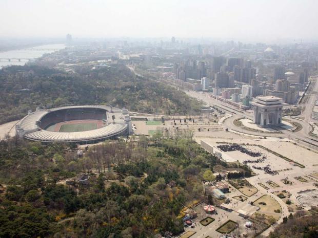 Kim-Il-sung-stadium.jpg