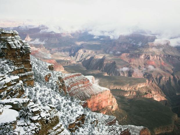 82-canyon-alamy.jpg