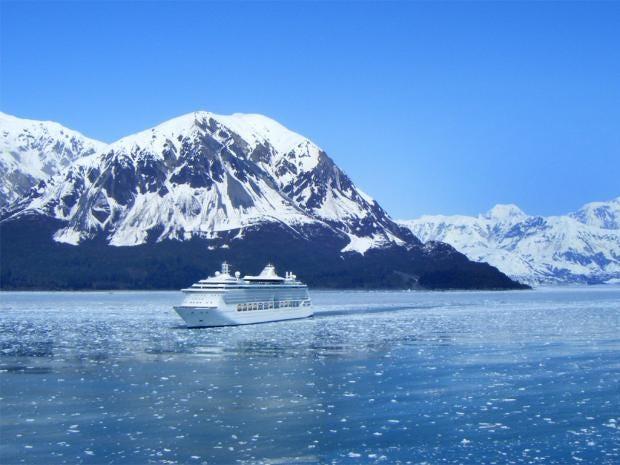 pg-26-arctic-cruises-rex.jpg