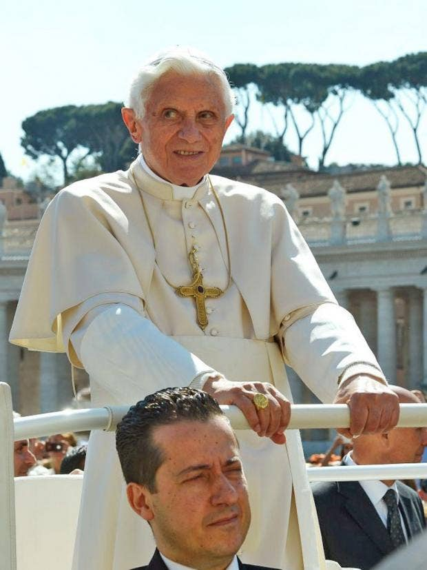 IA26-30-pope.jpg