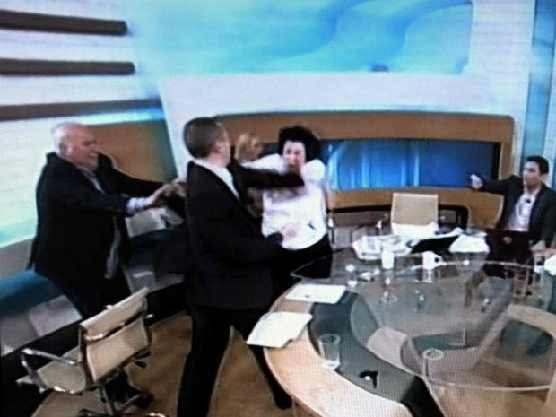 06-greekbrawl-afpgt.jpg
