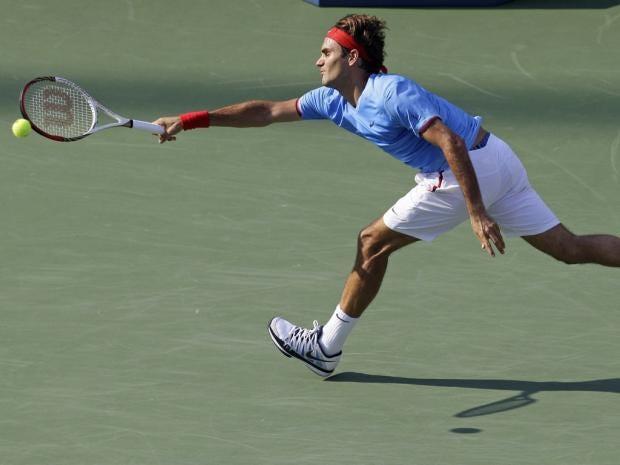 SS03-16-Federer-ap.jpg