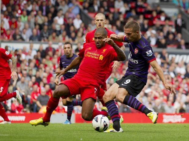 SS03-3-football-2.jpg