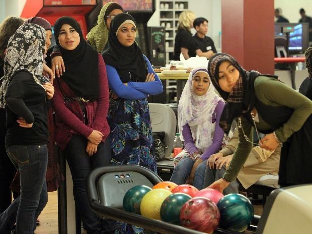 Muslim-teens.jpg