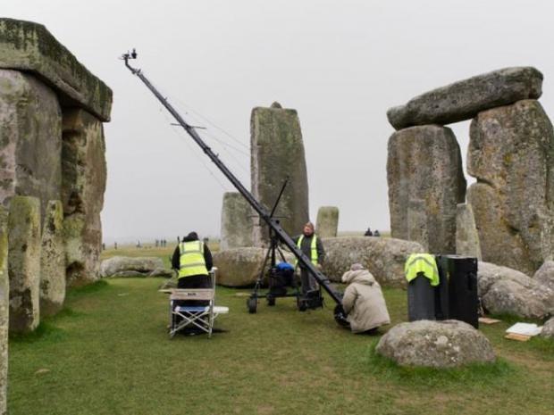 Pg-30-stonehenge.jpg