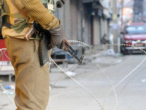 kashmir-curfew.jpg