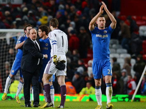 Benitez-celebrates-with-pla.jpg