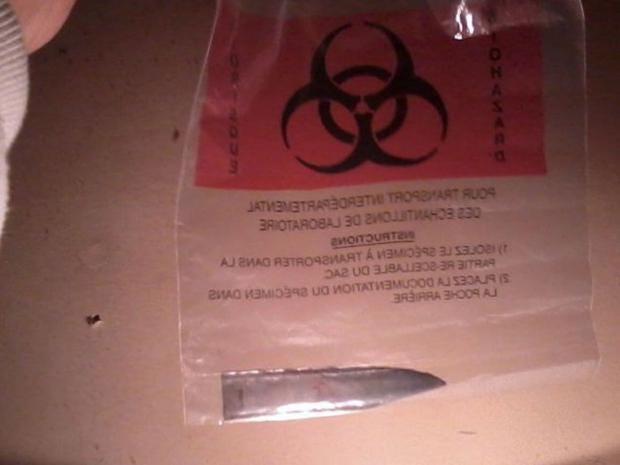 AN18085869A-knife-is-shown-.jpg