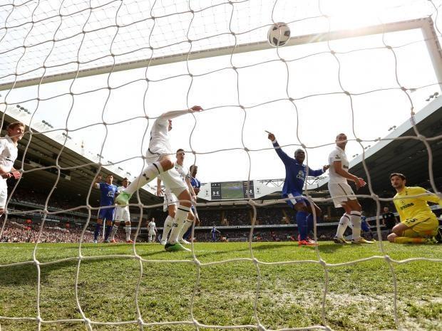 Victor-Anichebe-of-Everton-.jpg