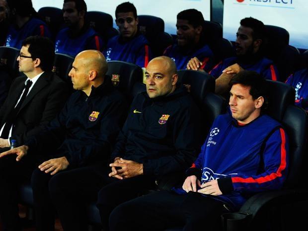 Lionel-Messi-bench.jpg