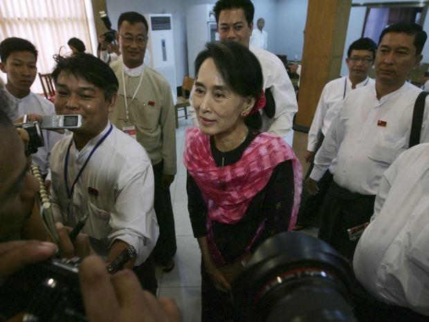 31-Aung-San-Suu-Kyi-AP.jpg