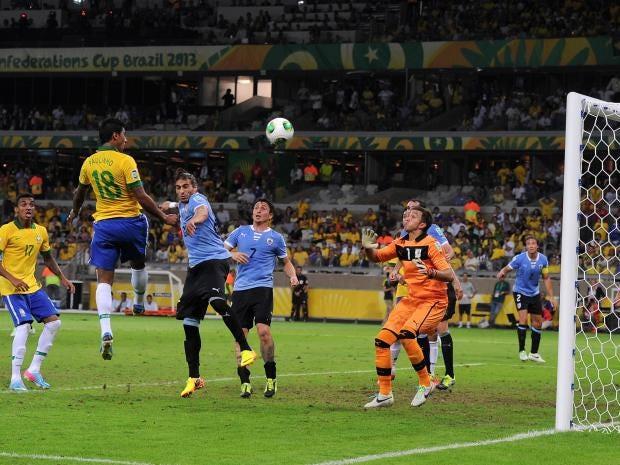 paulinho-brazil-uruguay.jpg