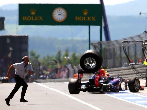 mark-webber-tyre.jpg