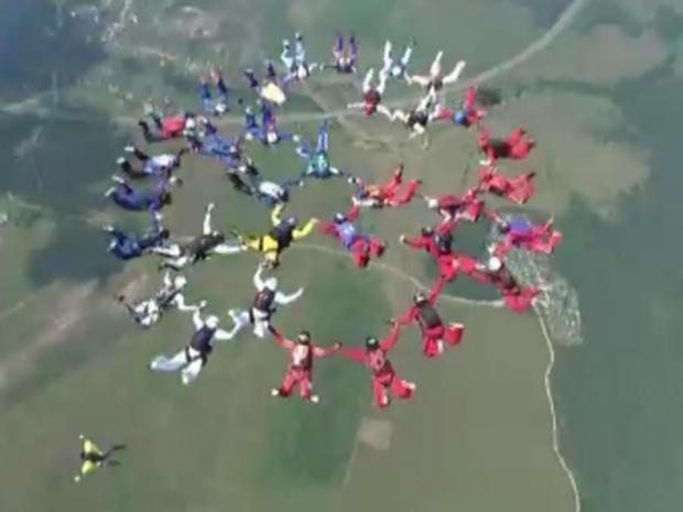 sky-diving.jpg