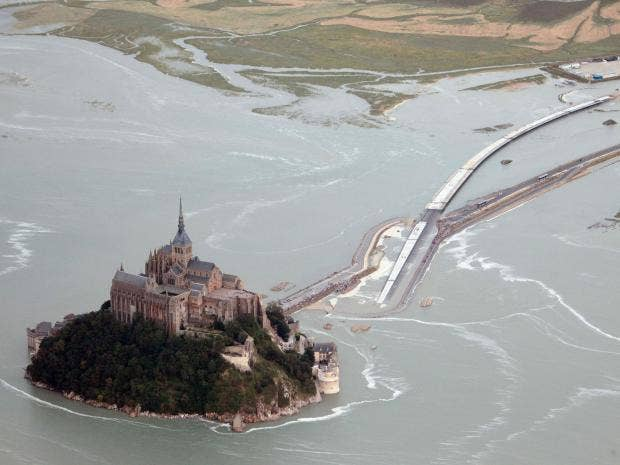 Mont-Saint-Michel-afpgt.jpg