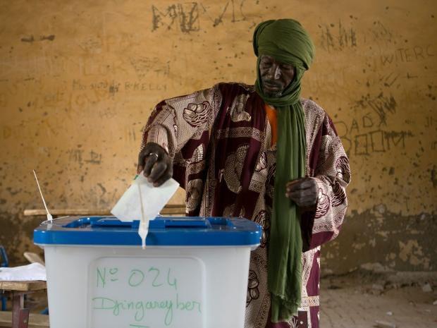 30-Mali-Vote-EPA.jpg