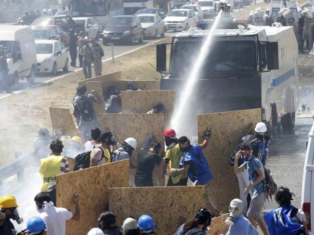 38-turkey-protests-rt.jpg