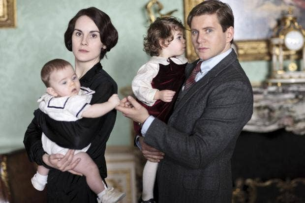 FIRST_LOOK_DOWNTON_ABBEY_03.jpg