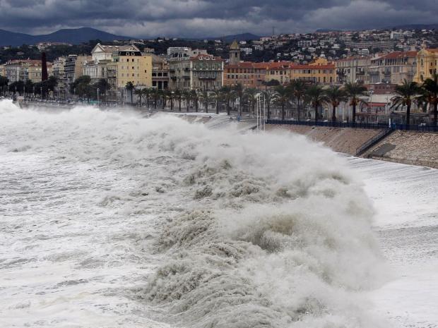 Coastal-Flooding-Getty.jpg