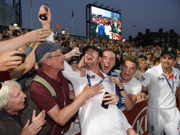 Kevin-Pietersen-and-Alastai.jpg
