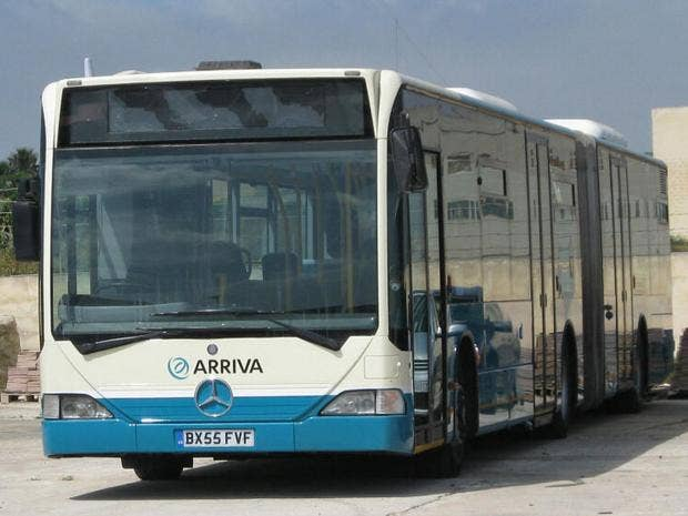 Malta-bus.jpg