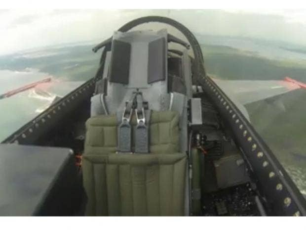 f16-sans-pilot_1.jpg
