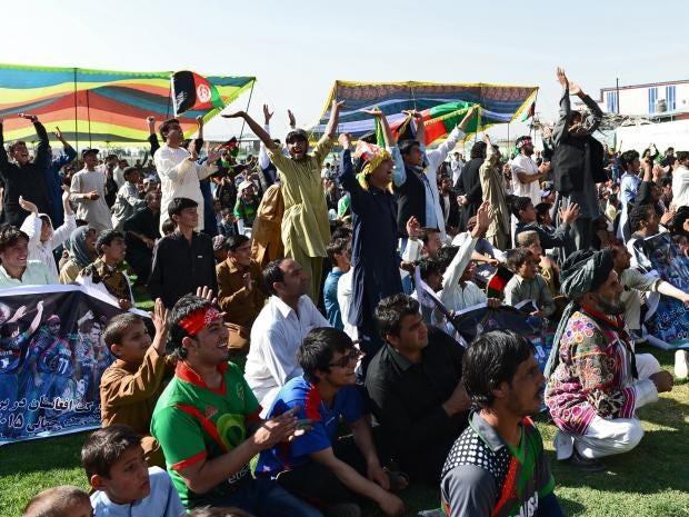 Afghan-cricket-fans-celebra.jpg