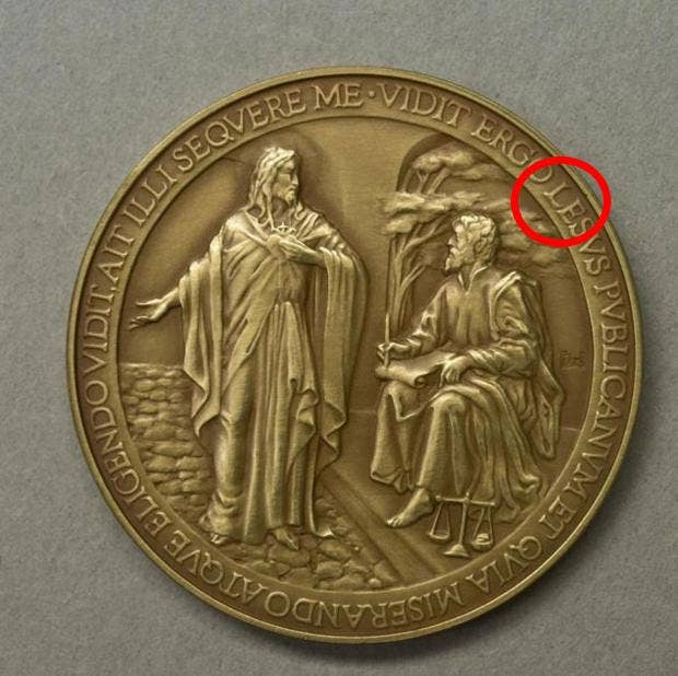 pope-commemorative-coin.jpg