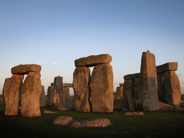 27-Stonehenge-Getty.jpg