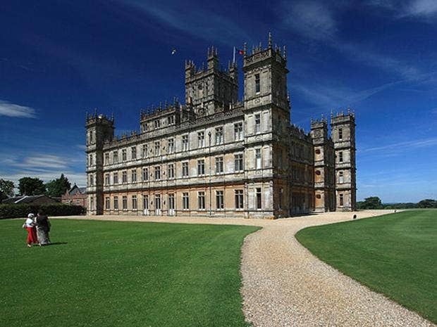 Highclere_Castle_02.jpg