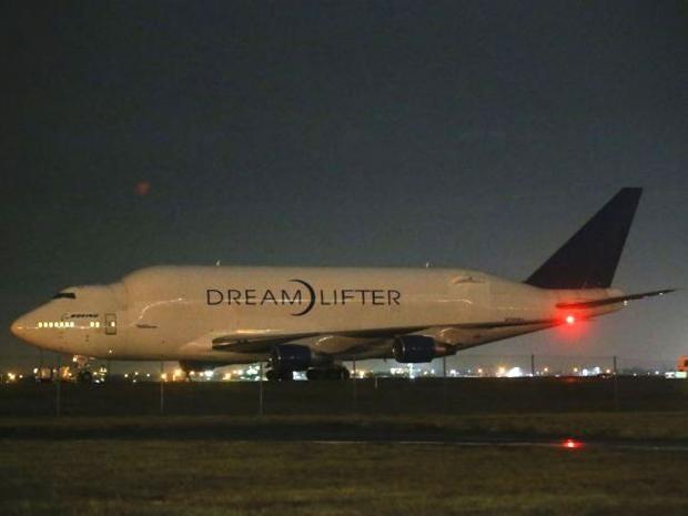 Boeing-747-LCF-.jpg