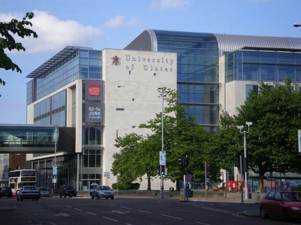 1280px-Belfast-University-o.jpg