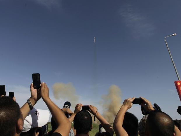 20-china-space-epa.jpg