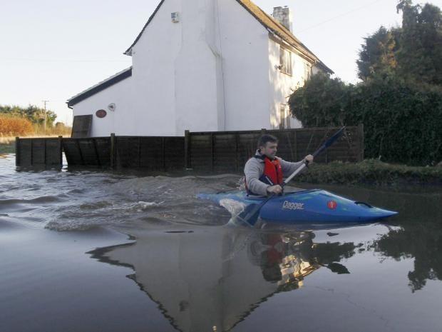 flooding-yalding.jpg