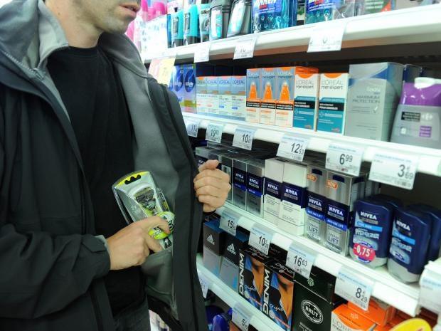 Shoplifting-Denis-Closon-Re.jpg