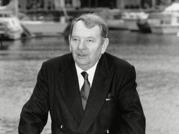p59-Sir-Robert-Scholey.jpg