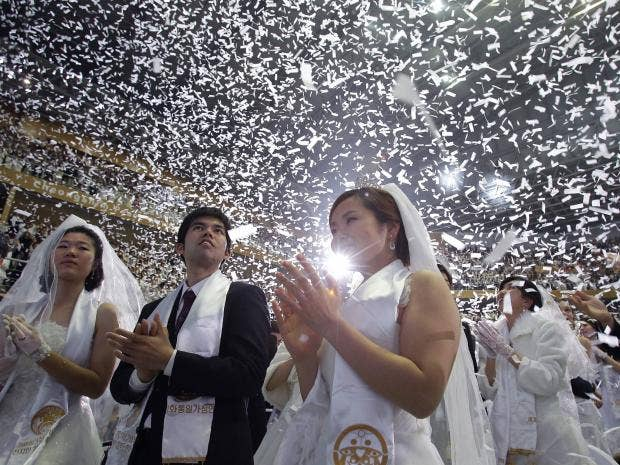 mass-wedding-1.jpg