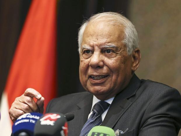 egypt-government-resign-beb.jpg