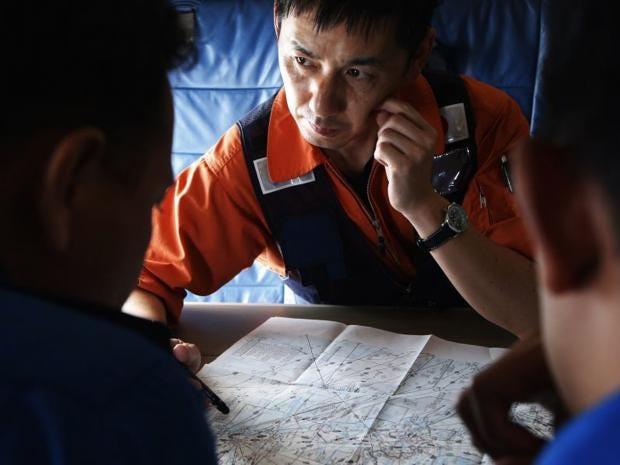 mh370-search-team-REUTERS.jpg