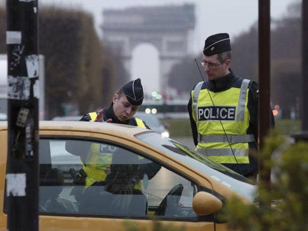 33-ParisPolice-Reuters.jpg