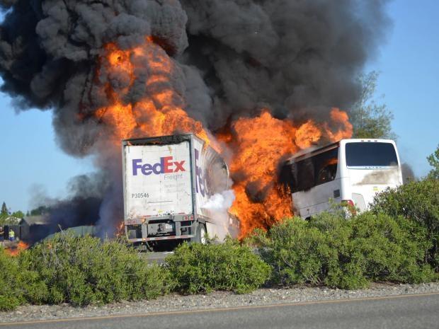 bus-crash-1.jpg